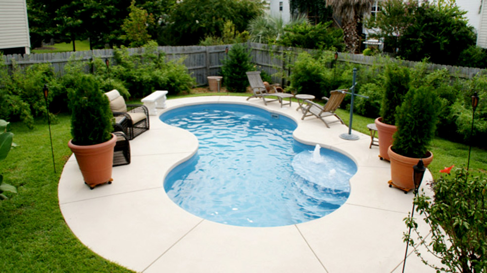 Trilogy Picasso Pool from Knickerbocker's Pools and Spas, your local pool experts